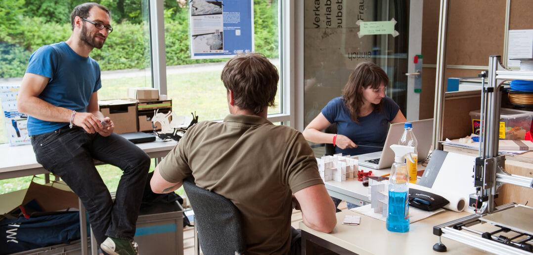 Die Werkstatt im  Makerspace der Sächsischen Landesbibliothek. Foto:  SLUB Dresden / Robert Lohse, via Flicker, CC BY-SA 2.0